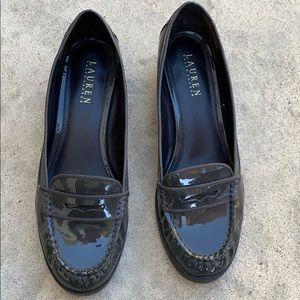 LAUREN Ralph Lauren Grey Patent Loafer Size 8.5